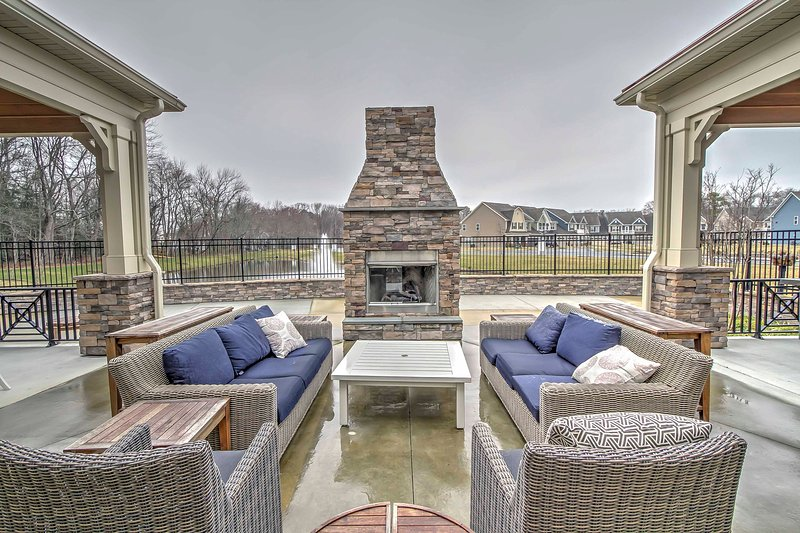 Enjoy all the amenities from the Bishop Landing community when you stay at this 3-bedroom vacation rental villa in Millville.