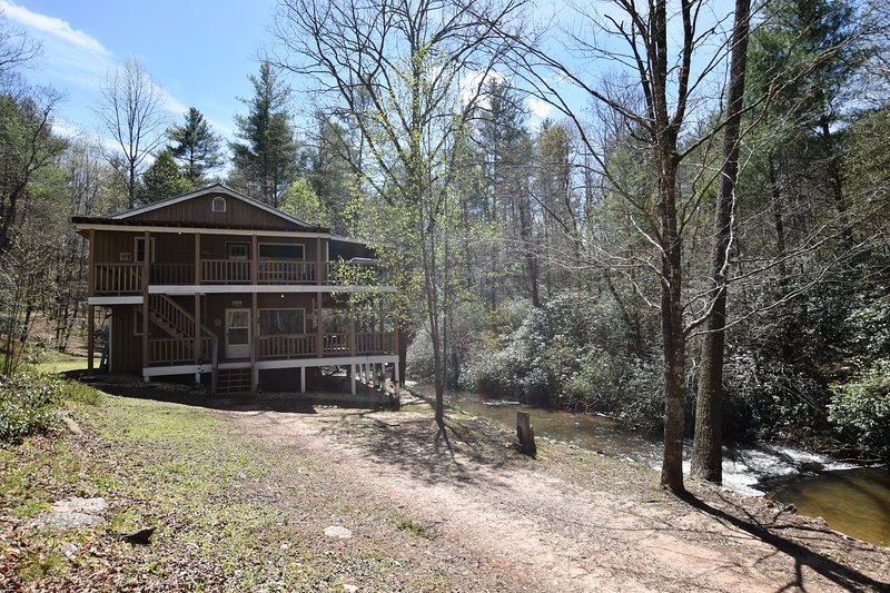 Wine Down the River over Trout Stream, vacation rental in Helen