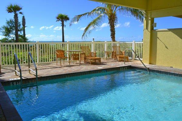 Pool, Resort, Swimming Pool, Water, Building