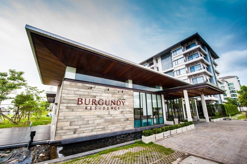 BURGUNDY RESIDENCE, vacation rental in Prachin Buri Province