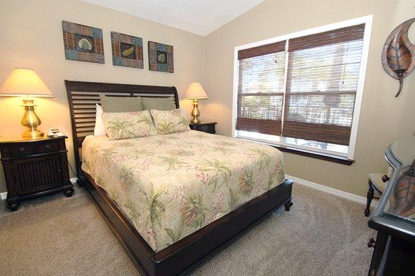Bedroom, Indoors, Room, Oven, Bed