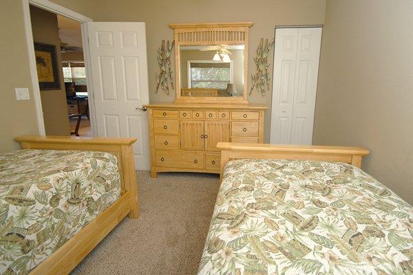 Molding, Bed, Bedroom, Furniture, Door