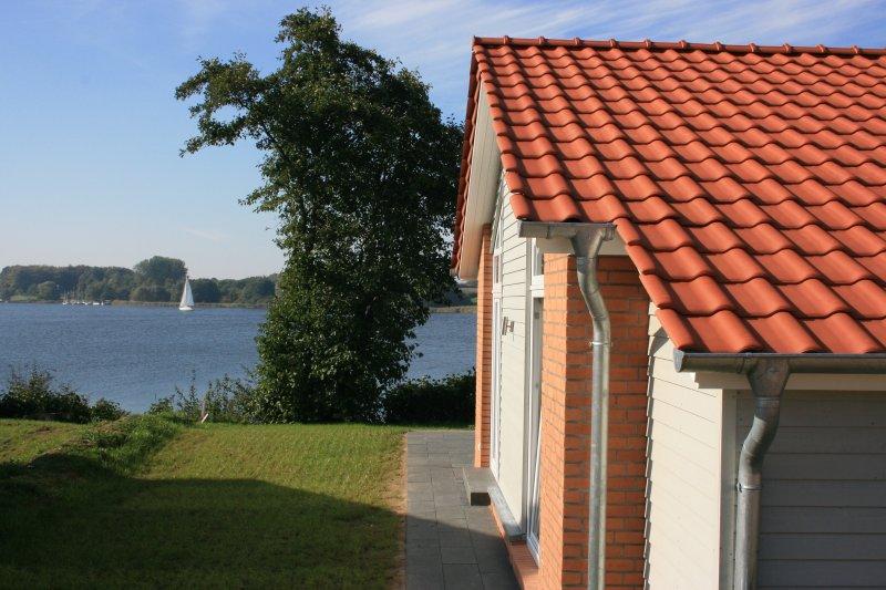 Ferienhaus Marina Hülsen - Weidenuferhaus, alquiler vacacional en Gross Wittensee