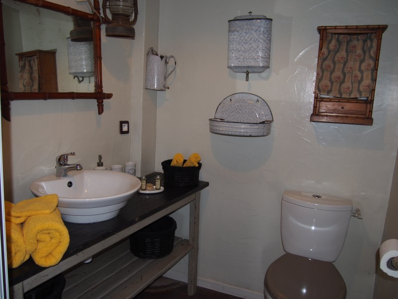 Bathroom B & B stopover between the old Chapus Marennes and Oléron