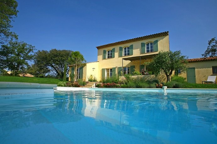 St Endreol 4-bedroom villa with private pool, holiday rental in La Motte