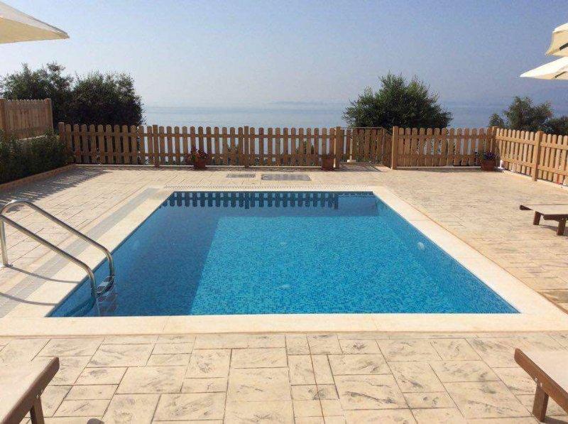 Villa Alya | Pool