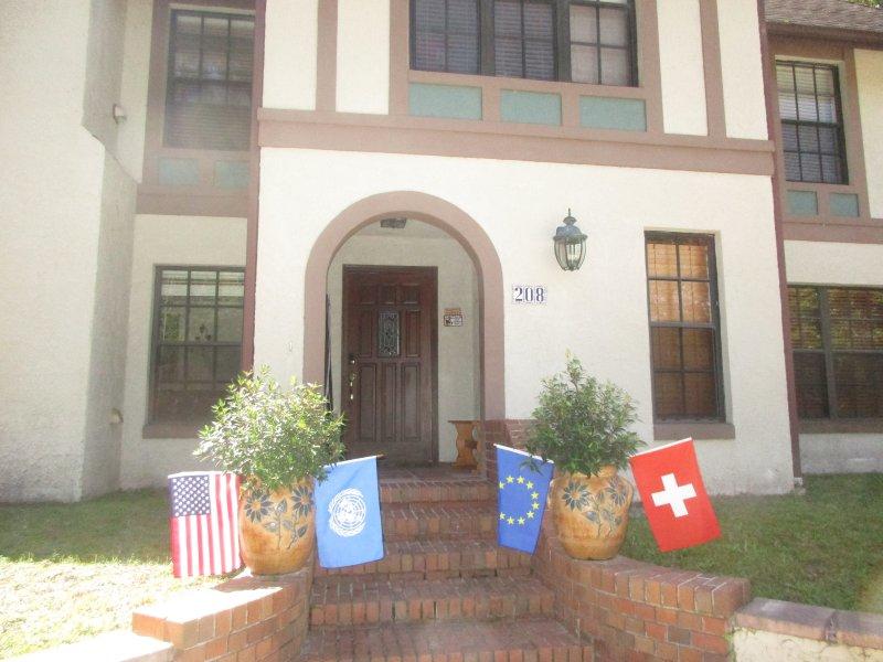 Bienvenue à notre international suisse-floridien Chambres d'hôtes Maison :-)