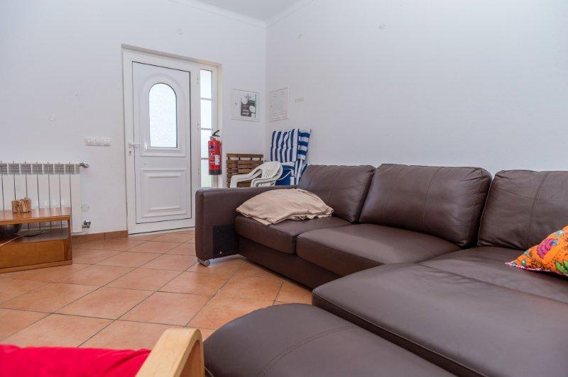 Dire Blue Apartment, Odeceixe, Algarve, vacation rental in Odeceixe