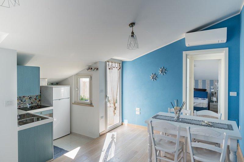 Bilocale Il Timone. Nuovo appartamento sul mare e in centro a Grottammare!, holiday rental in Province of Ascoli Piceno