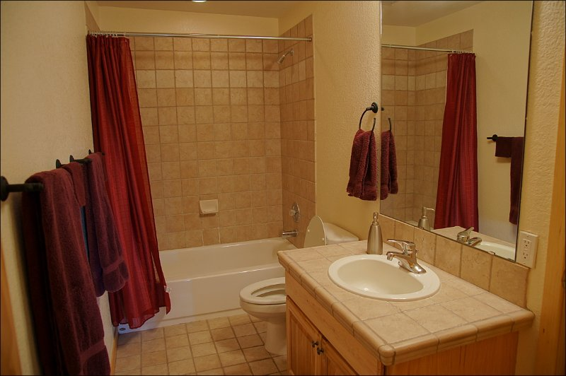 Here is another one of the nice large bathrooms