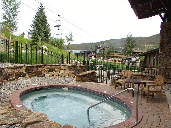The Slopes, Zephyr Express Lift, & Hot Tubs are literally right outside!