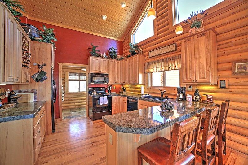 Wenn Sie nicht eine der lokalen Restaurants in der Umgebung versuchen, Peitsche Ihre Lieblingsrezepte in der voll ausgestatteten Küche.