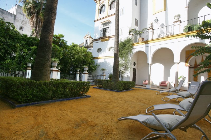 5 bdr palace house with swimming pool and gardens updated - Summer house with swimming pool review ...