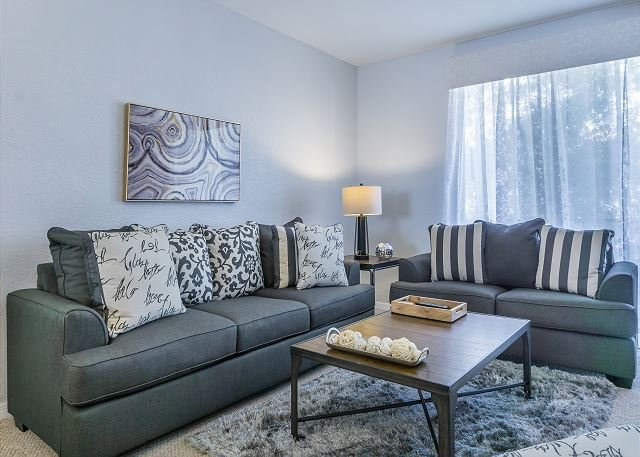 3 bedroom 3.5 bathroom townhome at Vista Cay Sleeps up to 10, holiday rental in Orlando