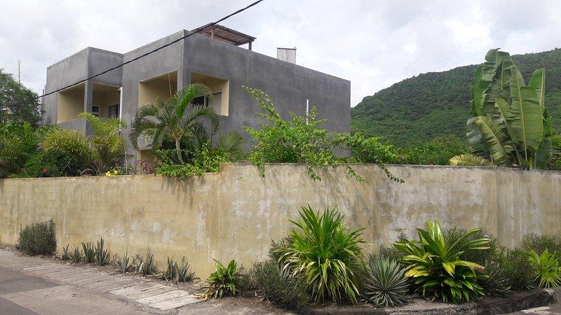 dulce hogar Home Nuestro lugar está enclavado en un auténtico pueblo costero de Mauricio