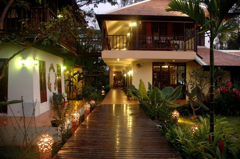 Dreamcatchers B&B Villa, holiday rental in San Phranet