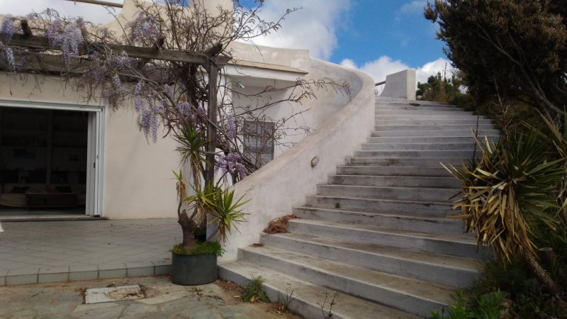 Villetta autonoma in collina a breve distanza dal mare, location de vacances à Forio