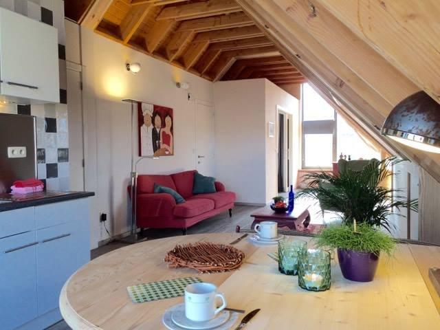 Appartamento 2-3 persone con ampie zone soggiorno e una vista unica Haspengouw
