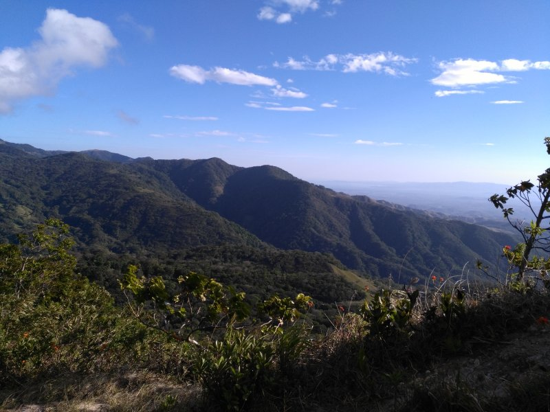 Only 100 meters from the house has the best view of the Gulf of Nicoya the San Luis Valley/waterfall