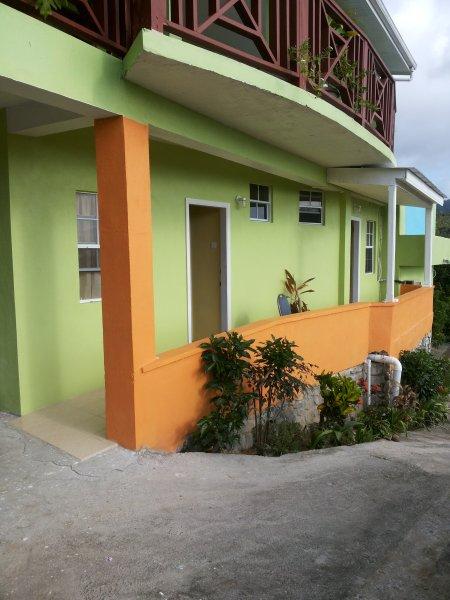 TROPICAL PARADISE VIEW  ( Cinnamon room #2), holiday rental in Anse la Raye Quarter