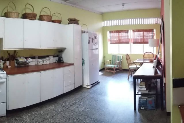 Eat-In Kitchen (reverse view).