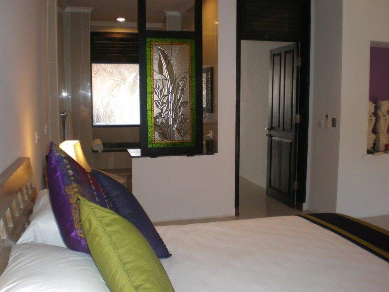 Tranquil one bedroom hideway, vacation rental in Tuban