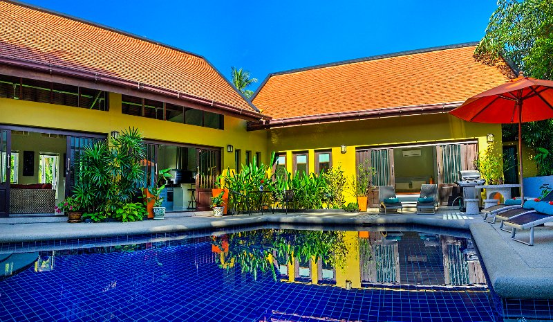 Private Villa, large Pool, Jacuzzi, Gym, 700 mtr to Beach, Free CAR & Transfers, vacation rental in Lamai Beach