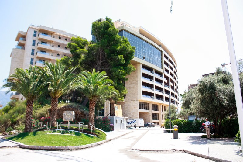 Apartment Harmonia sea view A 002, holiday rental in Becici