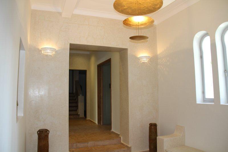 Main entrance 2/3