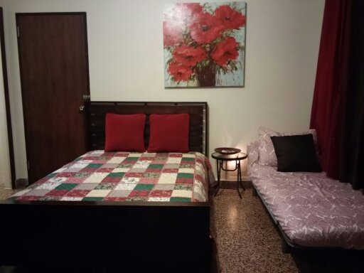 Flip Flops, bathing suite & get ready to enjoy!, vacation rental in San Juan