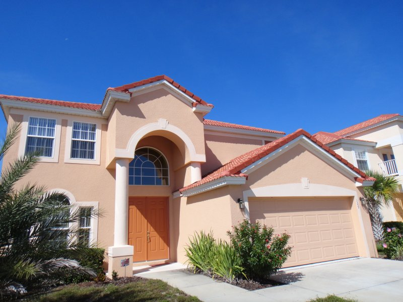 Disney Area Villa, Newly Furnished in Gated Aviana Resort with Pool, Spa, Wi-Fi, holiday rental in Orlando