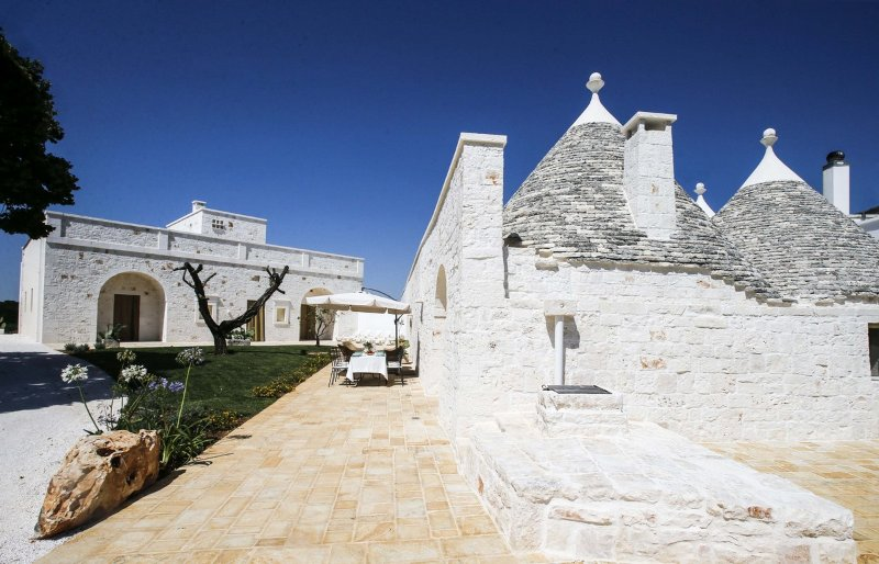 Trulli  bike, holiday rental in Calabrese