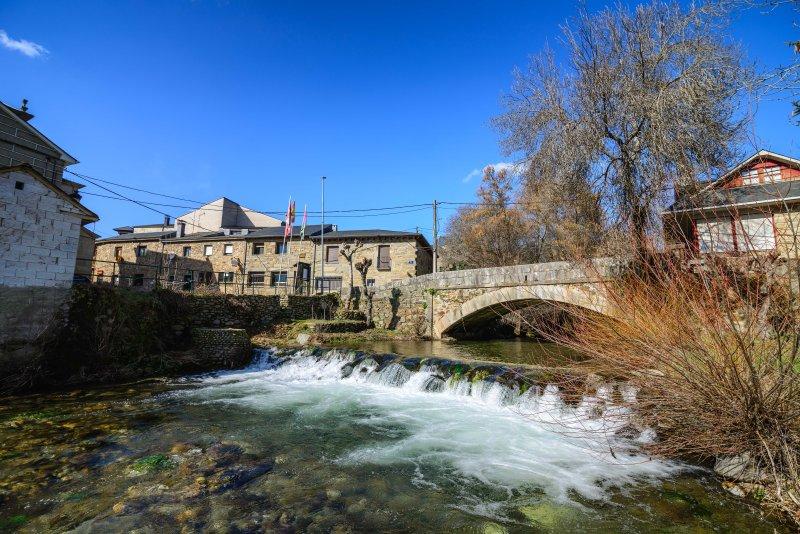 Trefacio River. acque cristalline