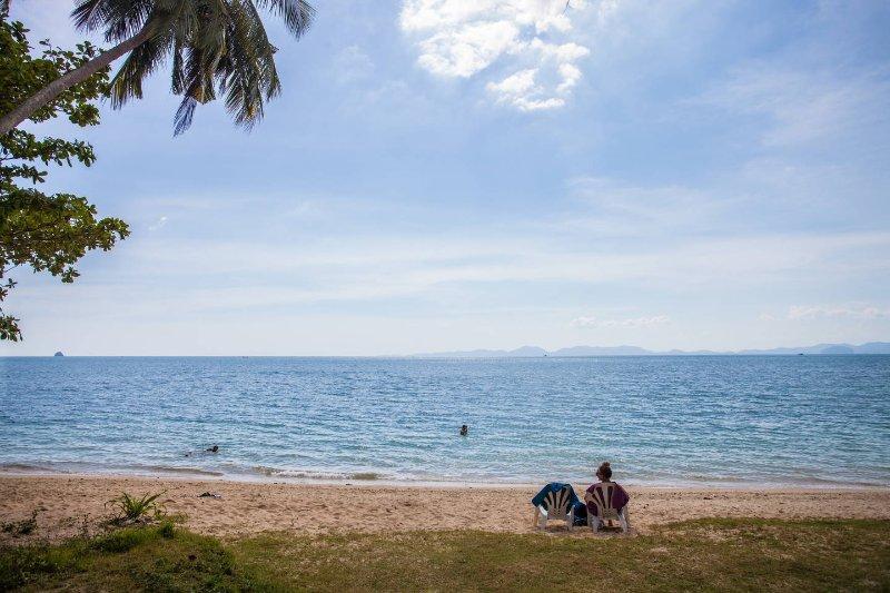 2 a 3 chambres a 150 metres de la plage vu sur mer, location de vacances à Ao Nang