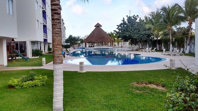 incrível piscina! 54mts. longo.