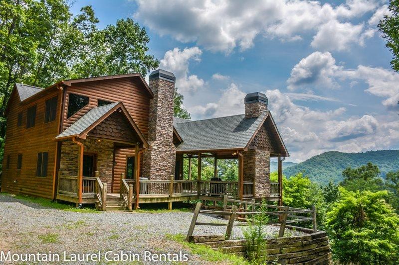 dream catcher 3br 3ba cabin with beautiful mountain views sleeps 6 rh tripadvisor com