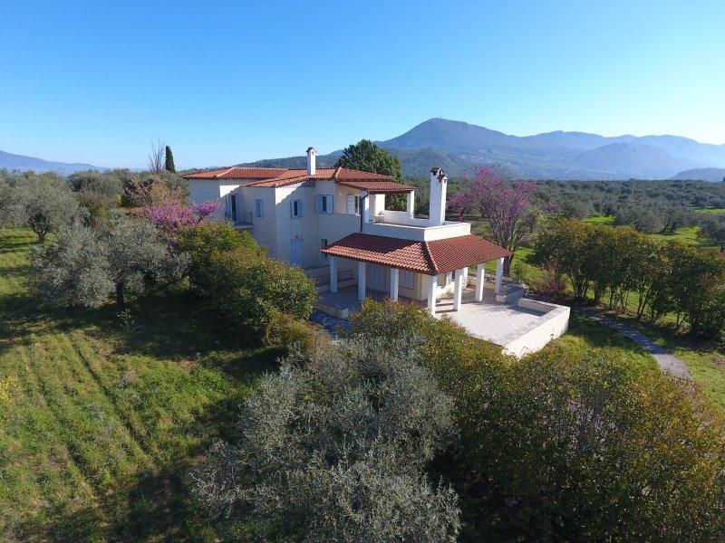Kavos Villa, location de vacances à Raches