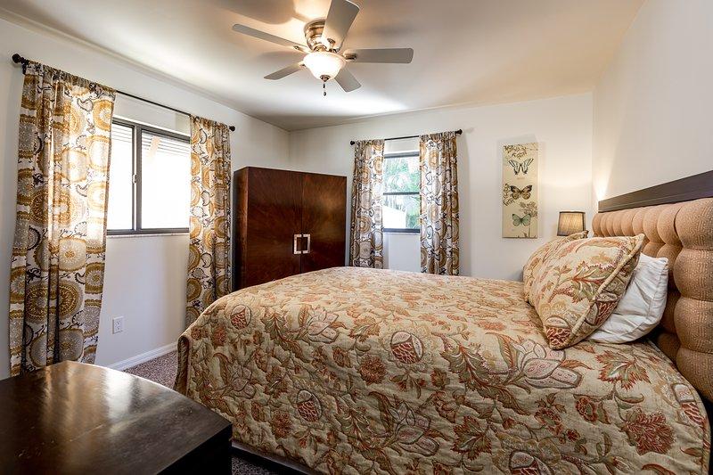 2 dormitorios con cama de matrimonio