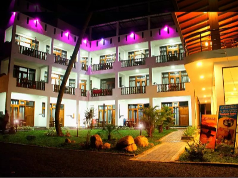 Hotel Veiws at night