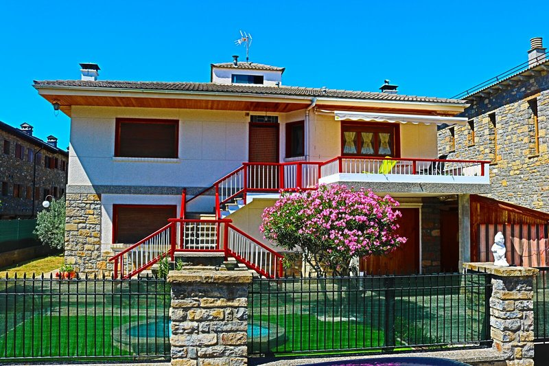 L'Arome de Aínsa, holiday rental in Ainsa