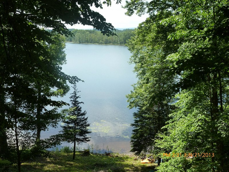 Private 1 Bedroom Apartment on Lake Lonely, vacation rental in Saratoga Springs