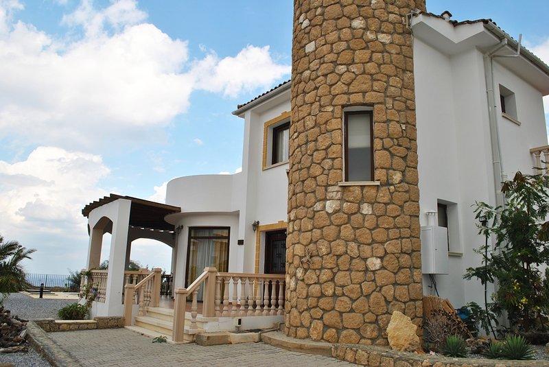 Paradise on sea, holiday rental in Agios Amvrosios