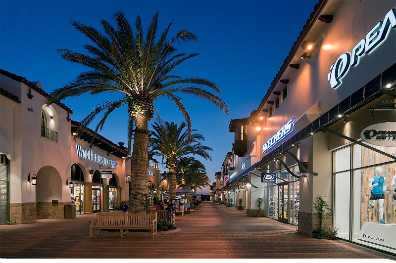 Make sure to visit the new Outlets at San Clemente during your stay, just 2 miles from this vacation rental!
