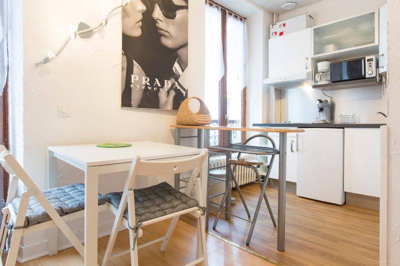 Studio Meublé Hyper Centre 20 m2, aluguéis de temporada em Aix-les-Bains