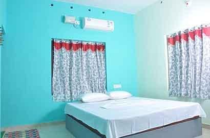 Kocheekaran Homestay Room 1, vacation rental in Athirappilly