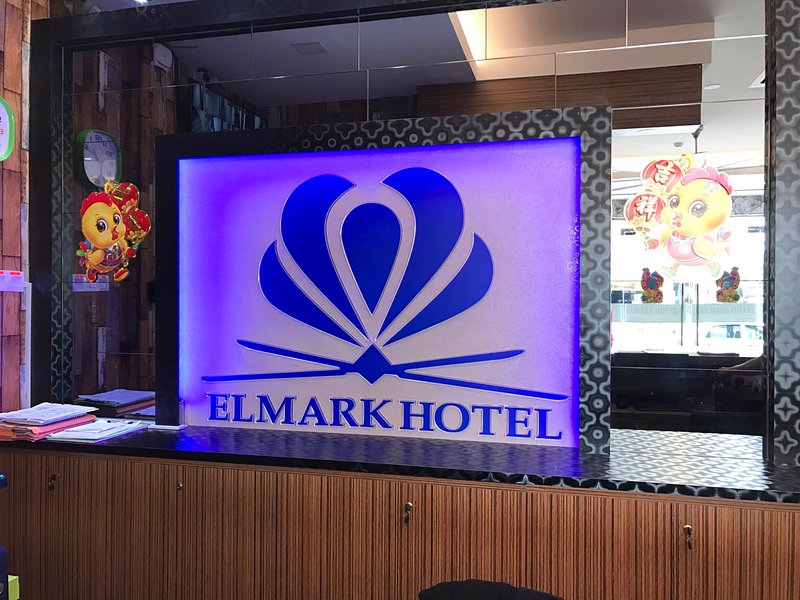 Elmark Hotel Kuantan, vacation rental in Balok