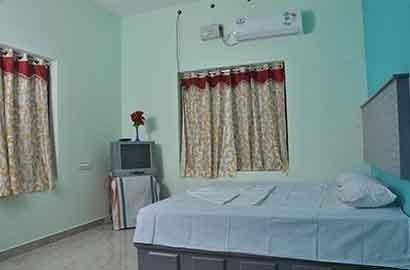 Kocheekaran Homestay Room 2, vacation rental in Athirappilly