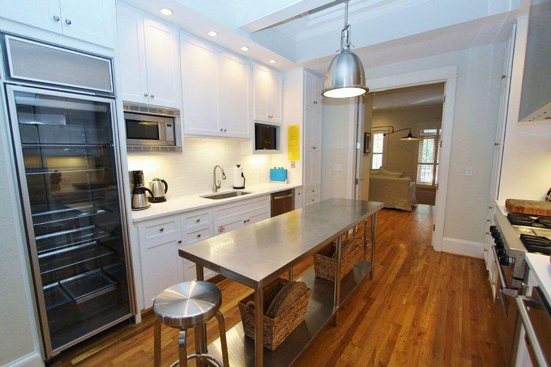 Kitchen Towards Fridge