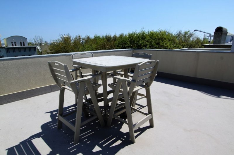 Roof Top - Tall Dining Table with Chairs
