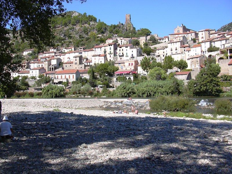 iets verder weg (mooi ritje eernaar toe): Roquebrun
